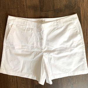 Ann Taylor Loft White Shorts, Size 16